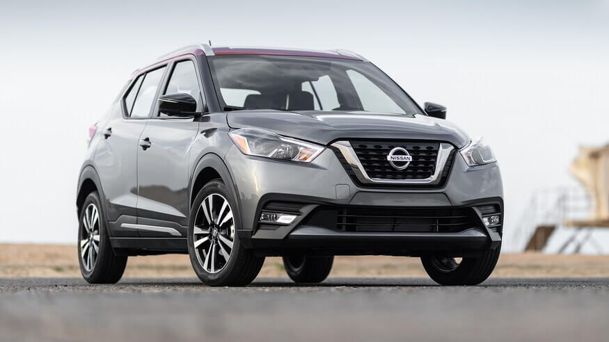 2018-Nissan-Kicks-front-three-quarter-13